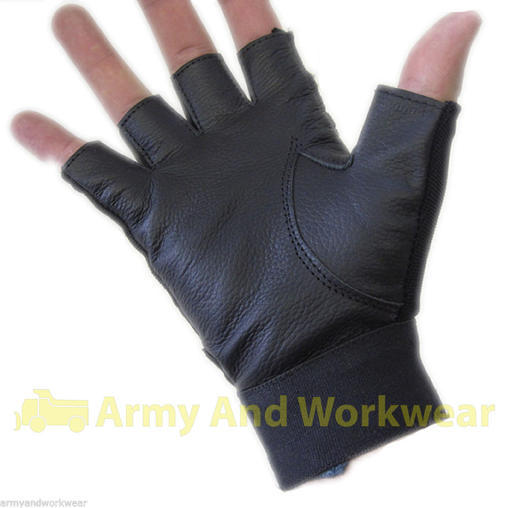Hands down, the best cold-weather accessories you can buy. Shop for luxe leather, soft wool, and classic driving gloves for men at deletzloads.tk