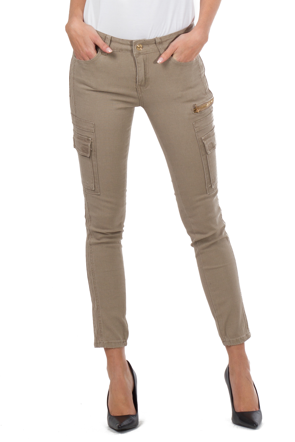 Amazing Penelope Pants By Gloria Vanderbilt Provide Comfort, Style, And A Flattering Fit Cargo Pants Feature Two Front Pockets, Two Back Pockets, And Two Side Cargo Pockets Pants Also Offer A Roll Tab Hemline Inseamis Approximately 26 Inches,