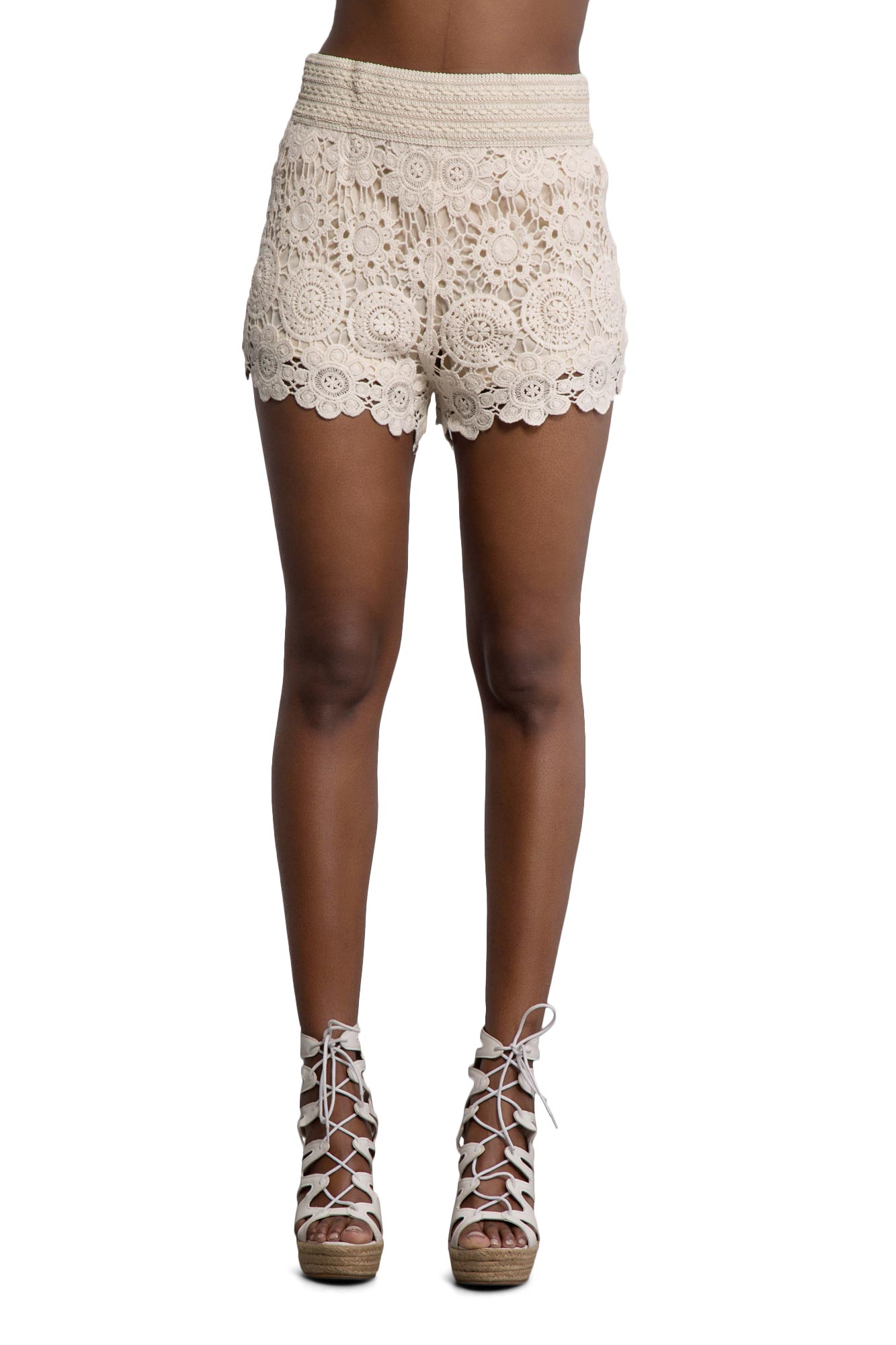 Find the latest and trendy styles of crochet shorts at ZAFUL. We are pleased you with the latest trends in high fashion crochet shorts.