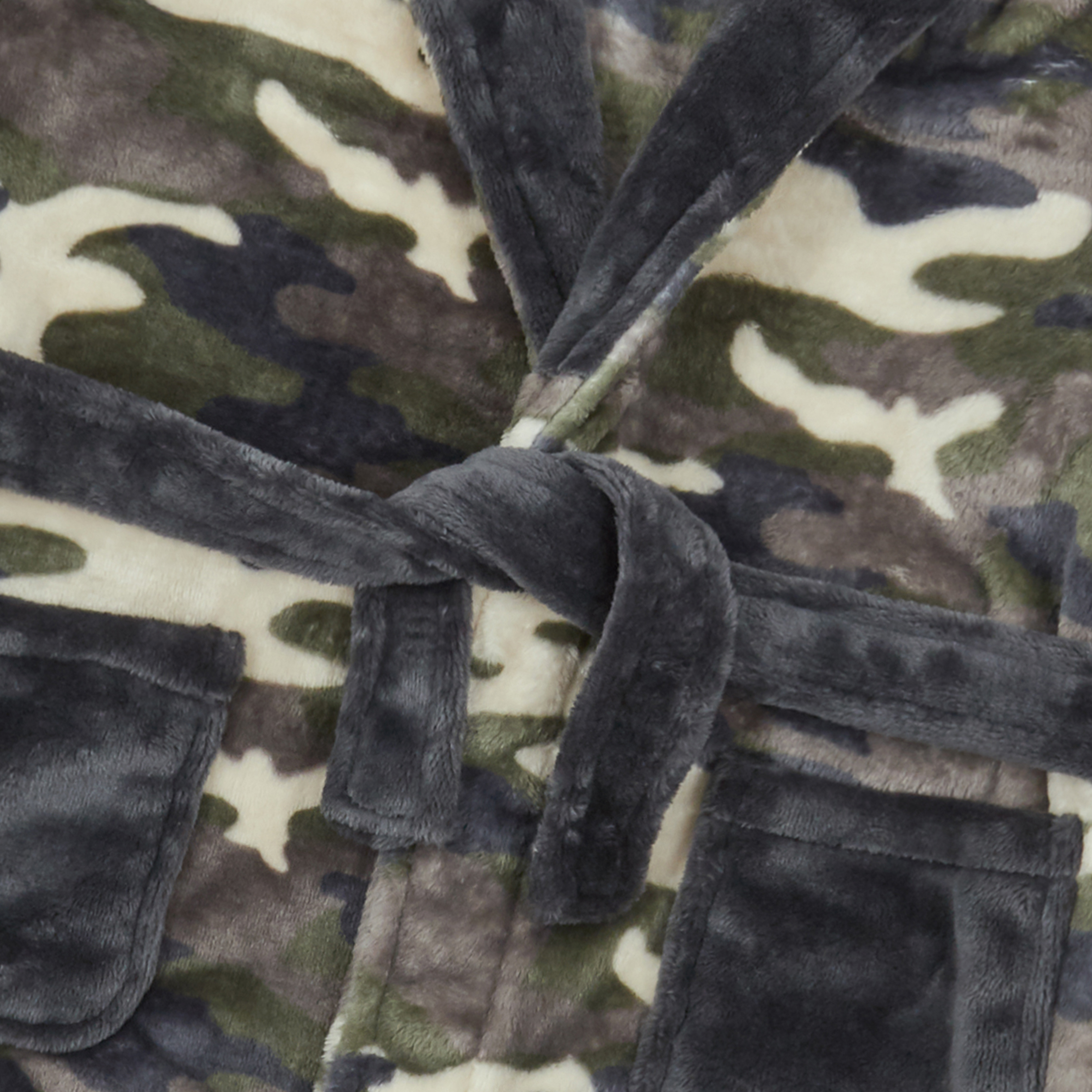 Boys Camouflage Camo Dressing Gown Robe Soft Plush Fleece Hooded Fluffy