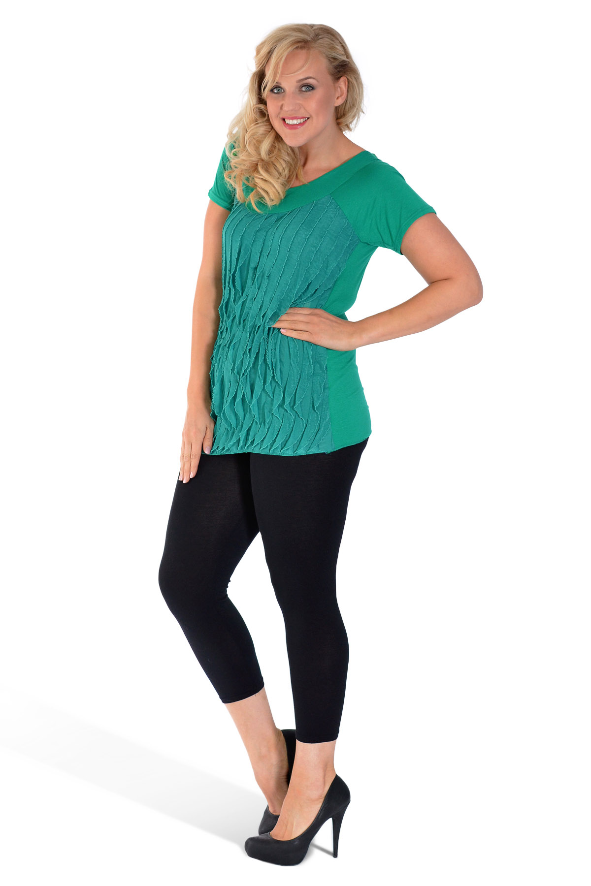 Our latest plus size top collection brings you the hottest styles at an affordable price, available in sizes 16 to Our collection includes a range plus size shirts, blouses, tunics, dressy tops and shrugs - so you can be flattering and fashionable.