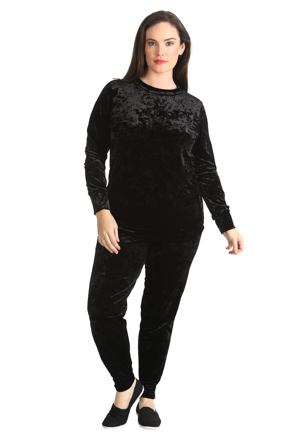 Women's tracksuits come in a variety of designs, prints and colours to create sleek looks that will fit seamlessly into your workout and lifestyle rotations. Shop Nike tracksuits for men, boys and girls, and be sure to explore the complete collection of women's jackets and trousers for additional options.