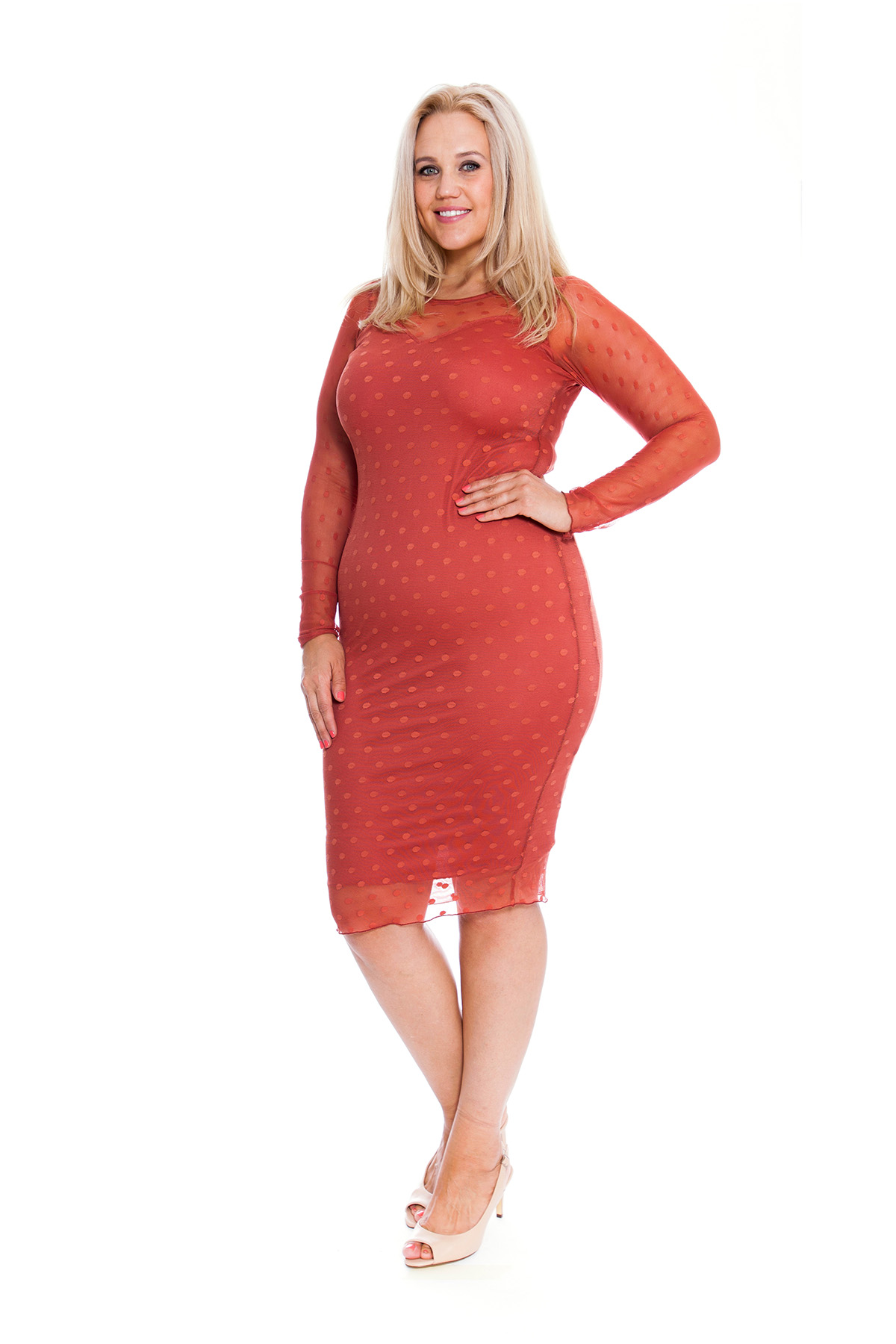 Shop bebe's selection of women's fashion clothing for every occasion. From parties and date nights to work and weekends, you'll find chic clothing, including stylish dresses, trendy jumpsuits, cute tops and more at bebe. Turn heads in chic clothing and contemporary fashion. Free shipping over $!