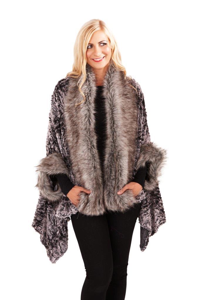 Boutique Womens Faux Fur Cape Ladies Luxuriously Super