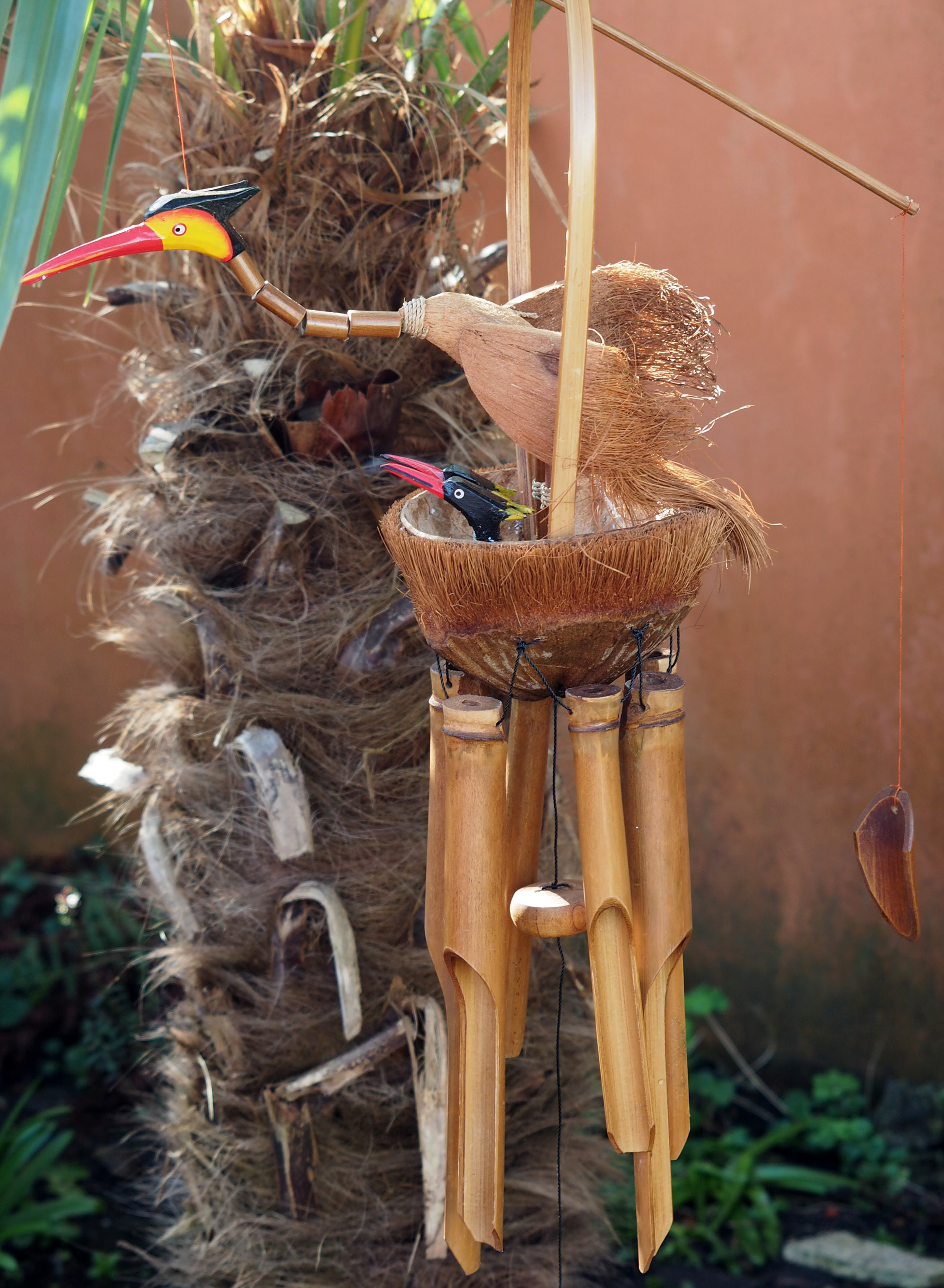 Large-Handmade-Fair-Trade-Coconut-And-Bamboo-Wind-Chime-Mobiles-6-Designs miniatuur 4