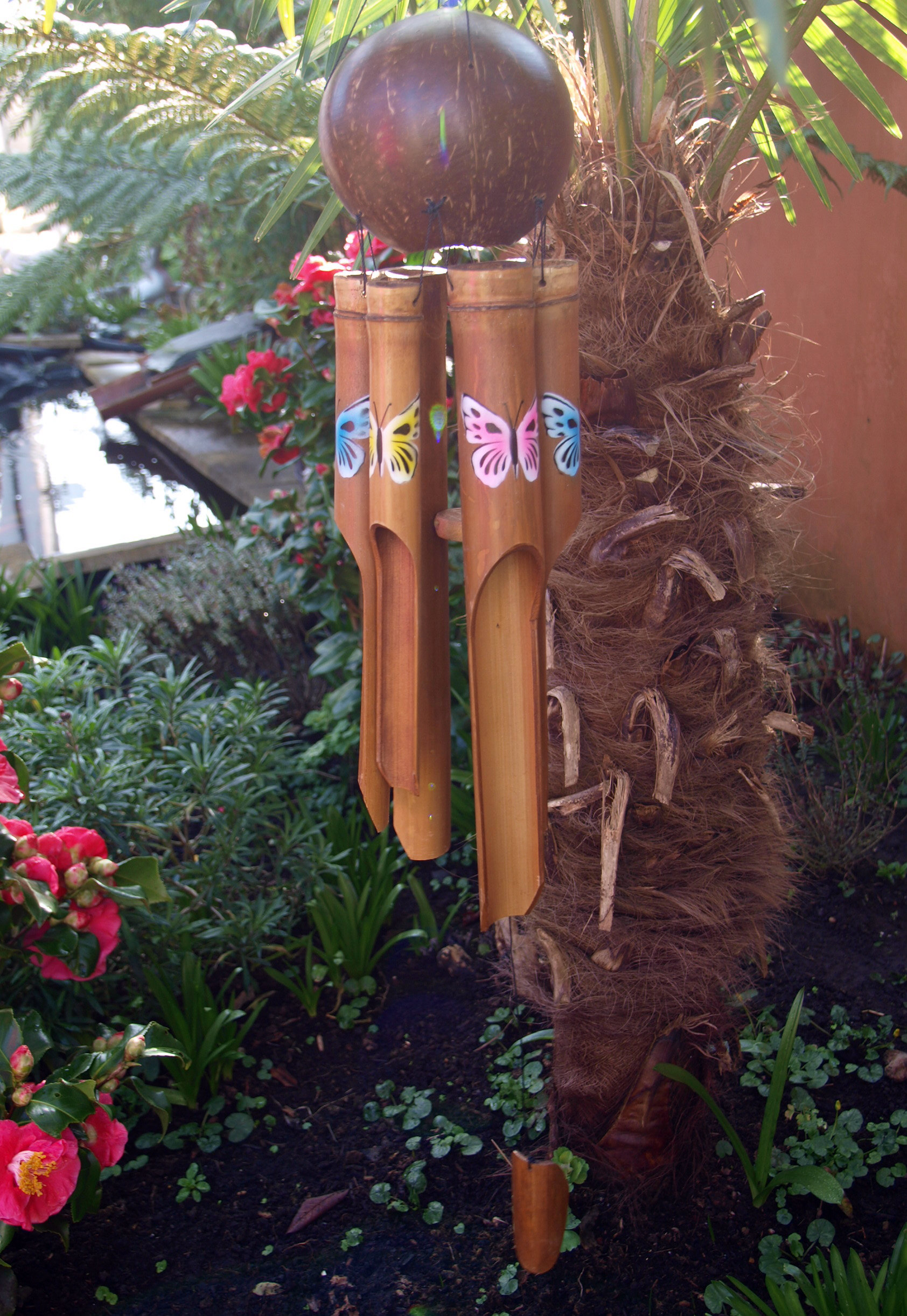 Large-Handmade-Fair-Trade-Coconut-And-Bamboo-Wind-Chime-Mobiles-6-Designs miniatuur 12