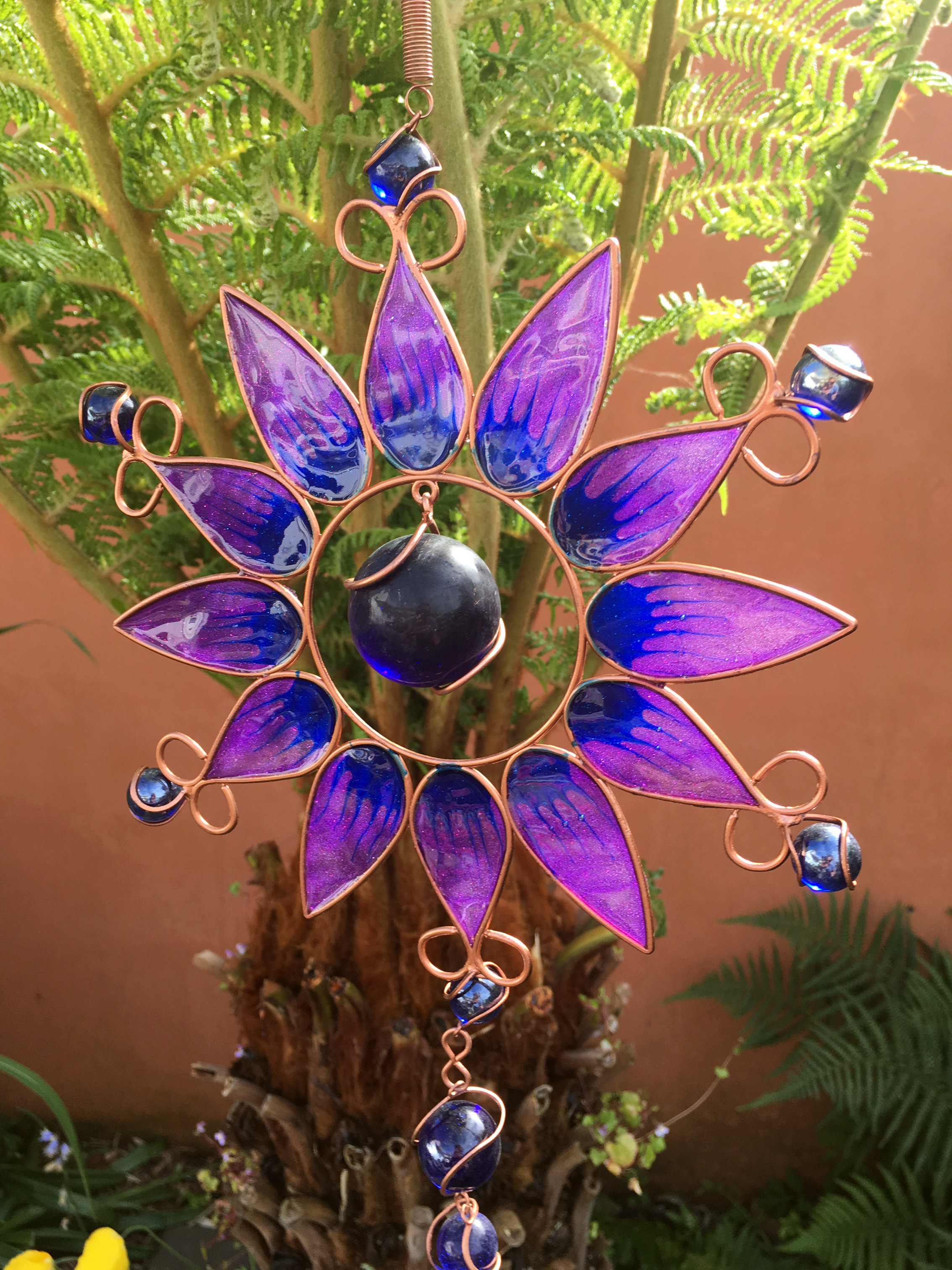Large-Metal-amp-Glass-Hanging-Sun-Catcher-Wind-Chime-Home-Garden-Decorations thumbnail 24