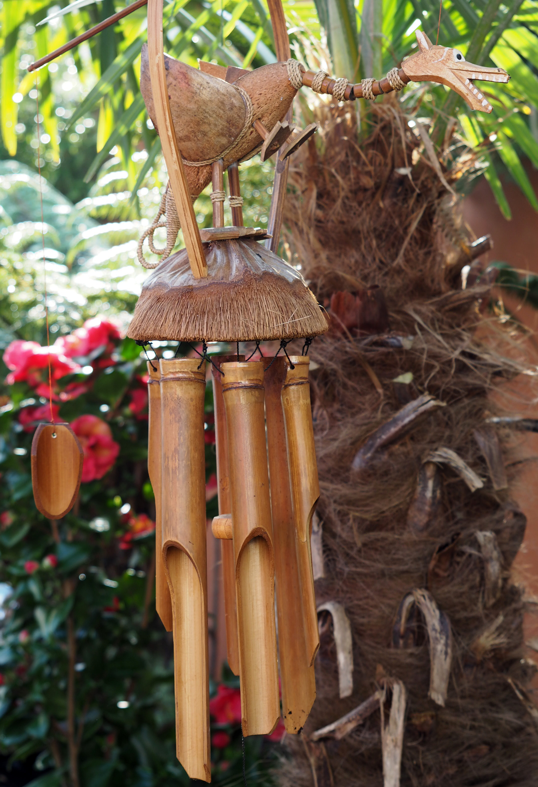 Large-Handmade-Fair-Trade-Coconut-And-Bamboo-Wind-Chime-Mobiles-6-Designs miniatuur 7