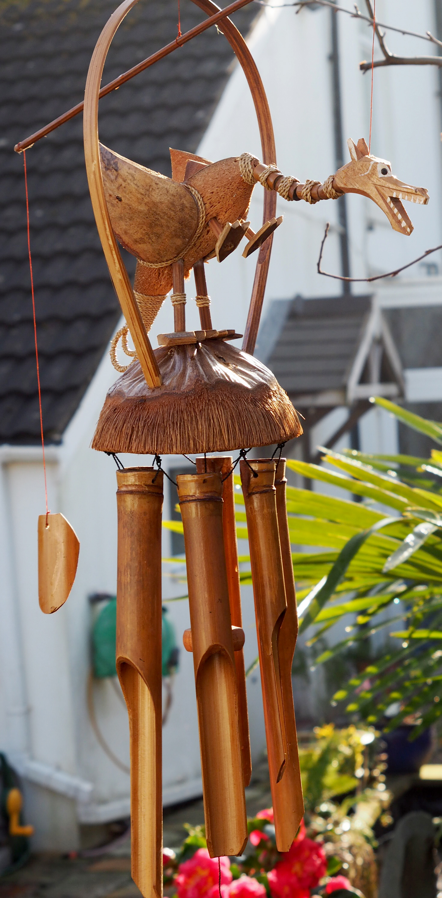 Large-Handmade-Fair-Trade-Coconut-And-Bamboo-Wind-Chime-Mobiles-6-Designs miniatuur 10