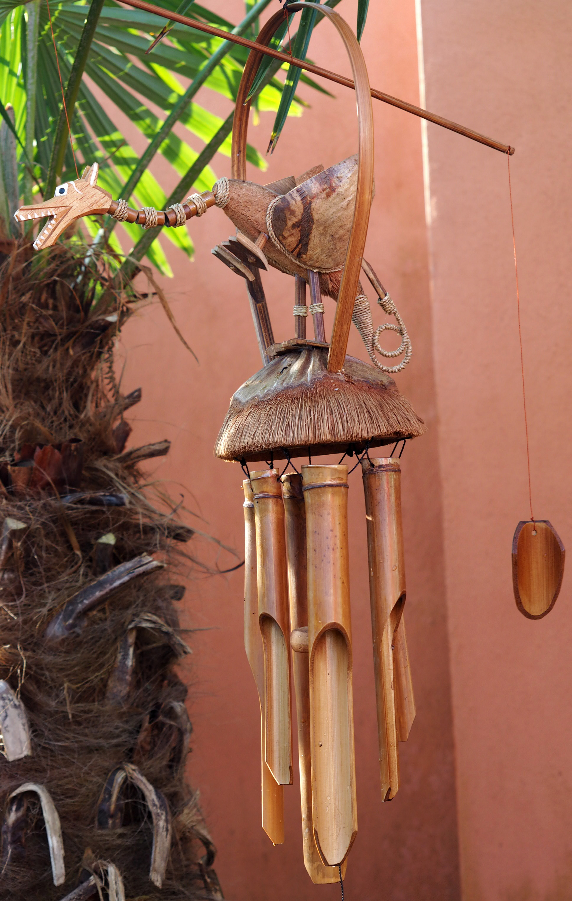 Large-Handmade-Fair-Trade-Coconut-And-Bamboo-Wind-Chime-Mobiles-6-Designs miniatuur 8