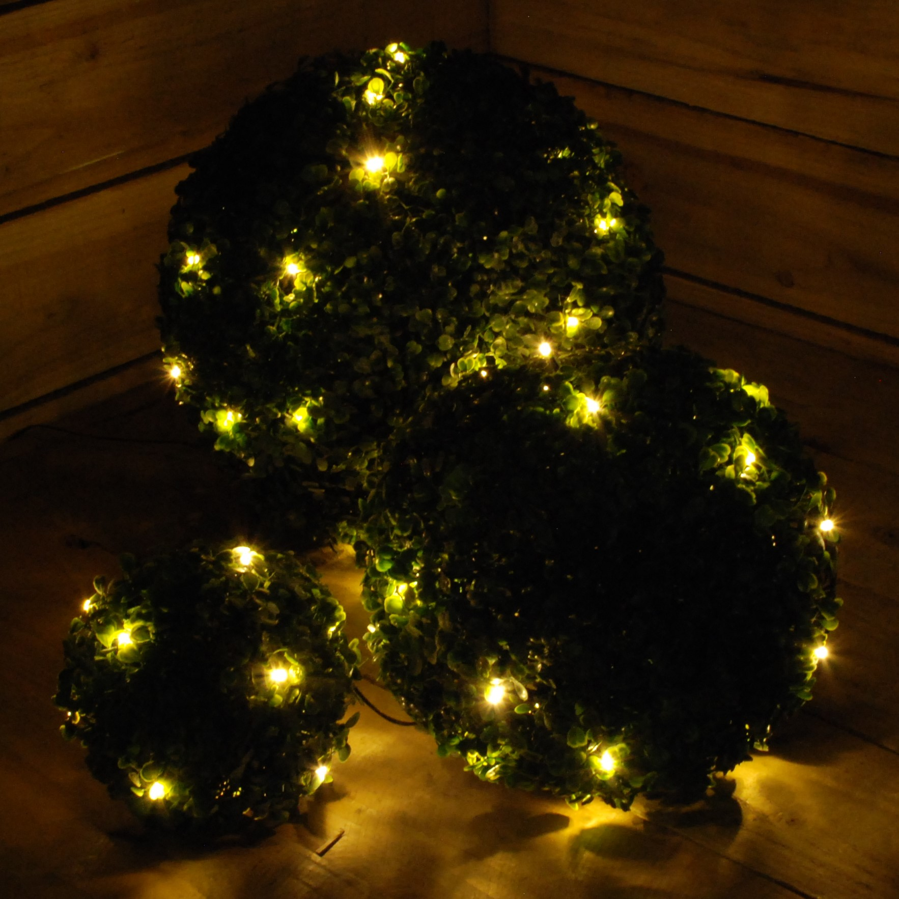 Christmas Topiary.Details About Set Of 3 Hanging Christmas Topiary Balls Lit With Warm White Led Lights