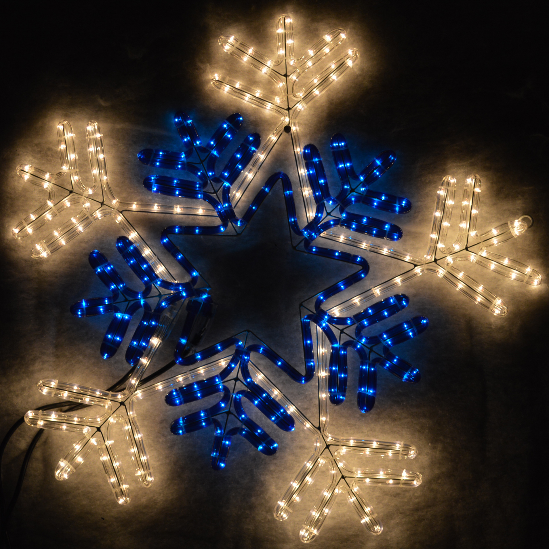 66Cm Multi Function Flashing Snowflake Outdoor Christmas Silhouette Decoration