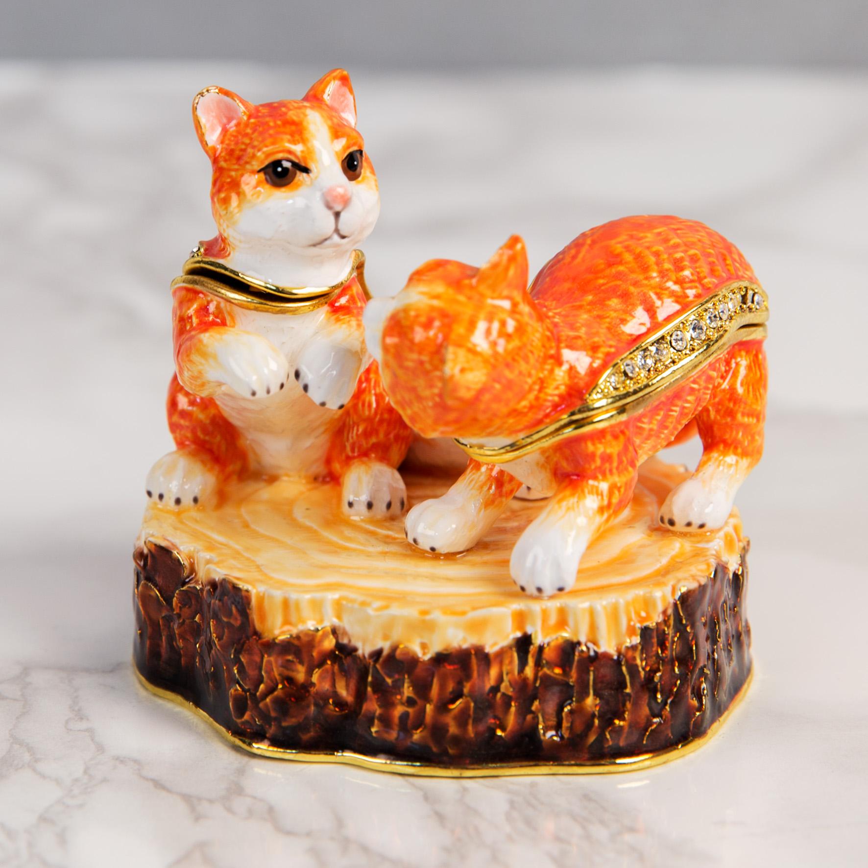 Squirrels on a Log Trinket Keepsake Box Ornament Figurine
