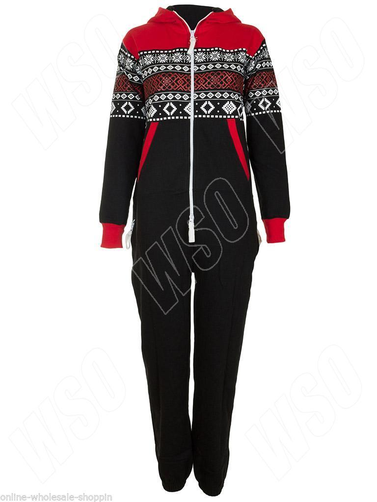 The ultimate in comfort, shop onesies and loungewear at boohoo. Whether you're all tucked up or just chilling out, loungewear sets are stylish and snug.