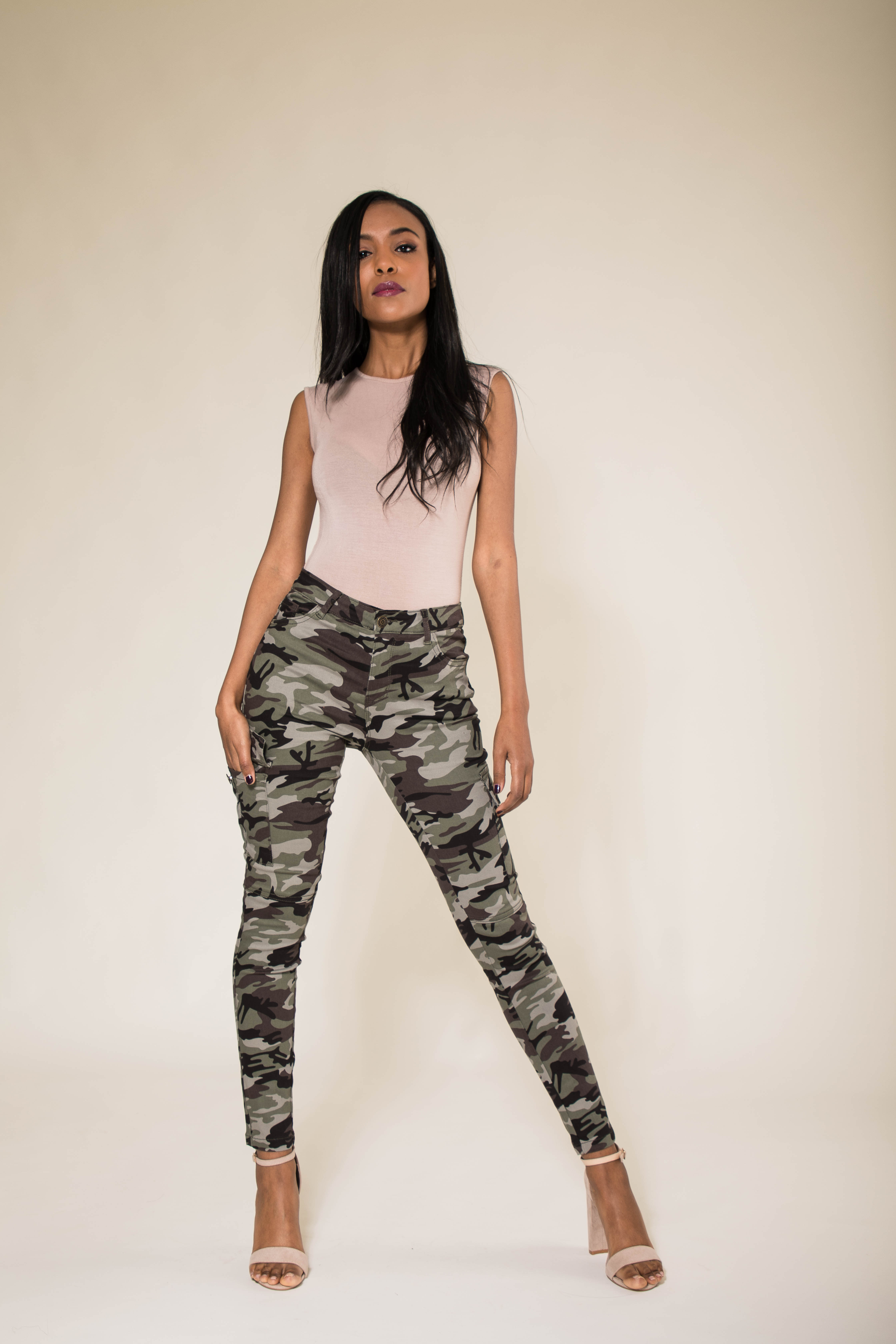 f8804a3729498 Womens Army Camo Pants Ladies Camouflage Stretch Casual Skinny Jeans Size 6- 14