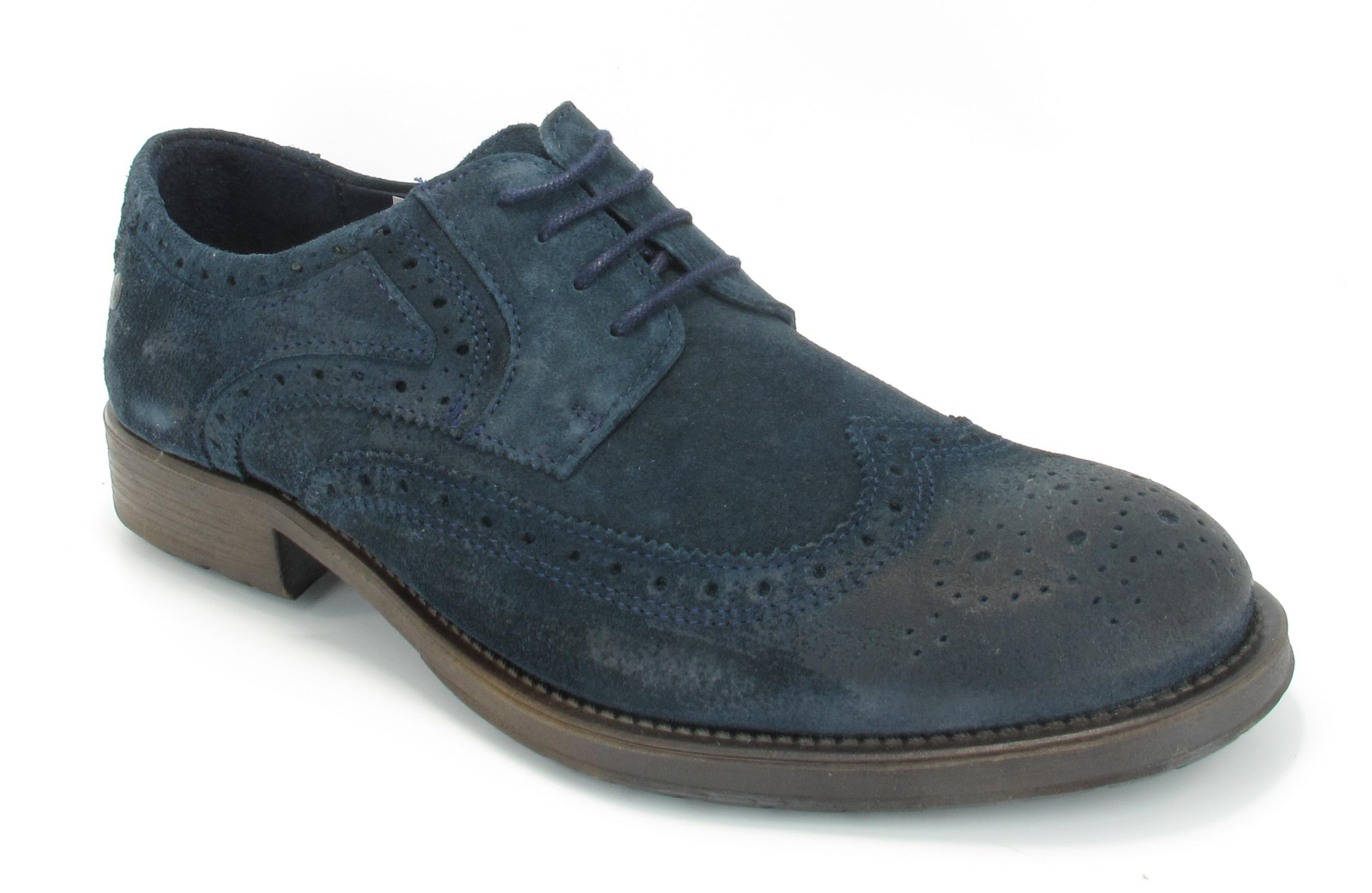 Men Brogue Shoe Stitch Out