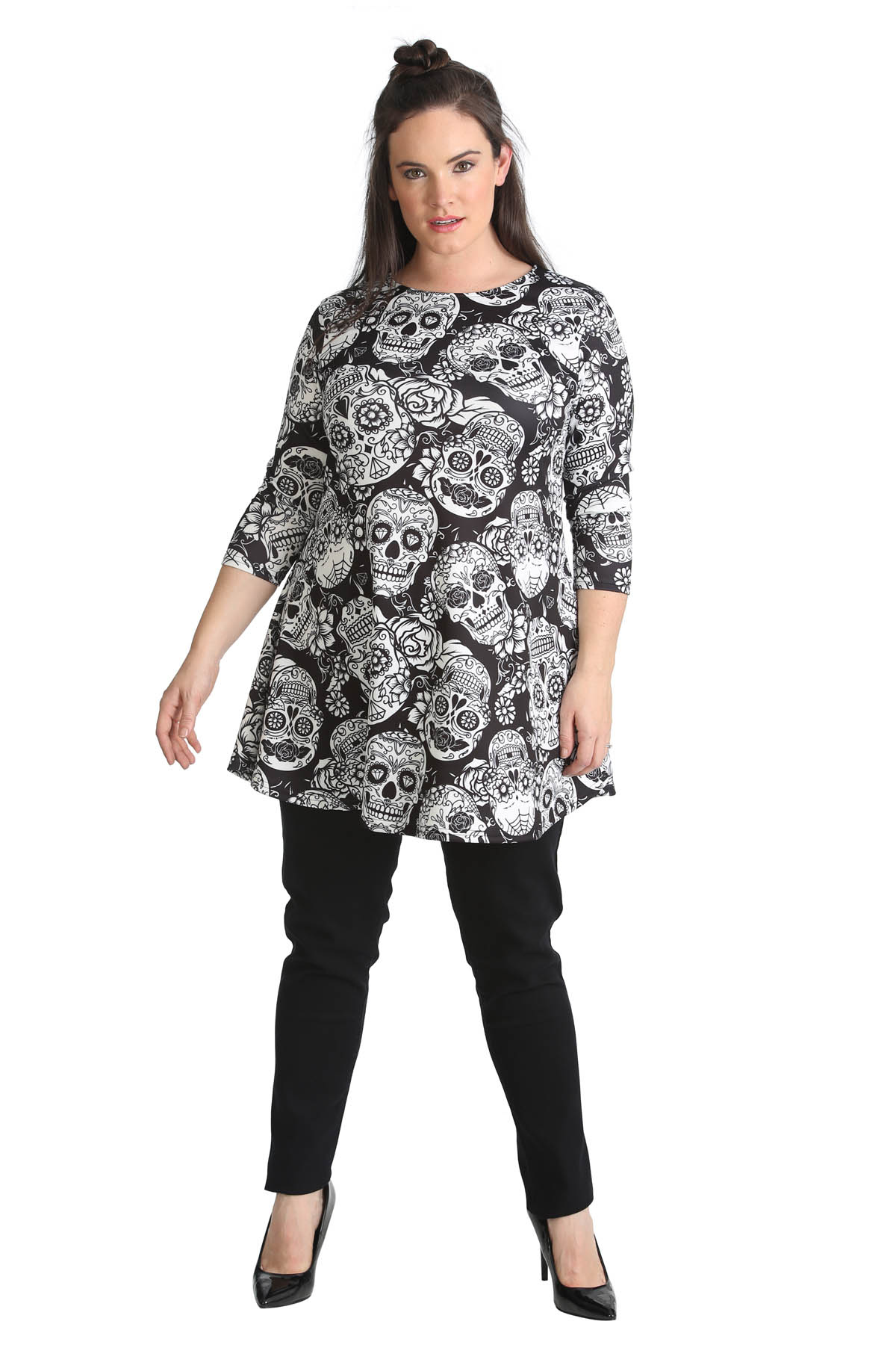 Women's Skull Tops come in an assortment of colors including black. Find a real bargain on eBay by shopping new or pre-owned women's T-shirts. Plus, Women's Skull Tops are a good choice for feeling your best thanks to some sexy new t-shirts.