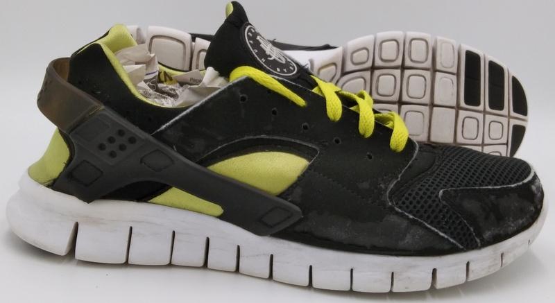 Nike Huarache Free 2012 Suede Trainers