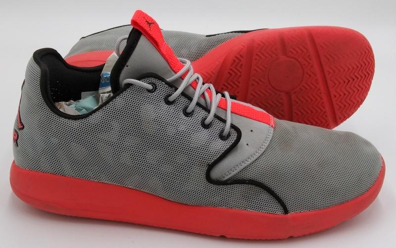 Détails sur Nike Air Jordan Eclipse Trainers 724010 006 OrangeWolf Grey UK9US10EU44