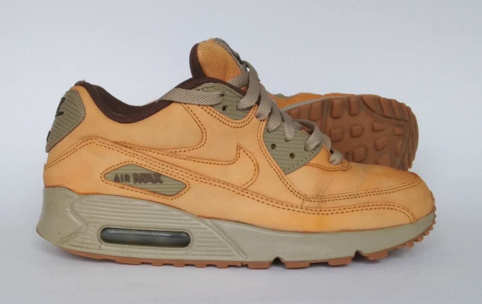 Details about Womens Nike Air Max 90 Leather Winter Trainers 880302 700 Beige UK5US7.5
